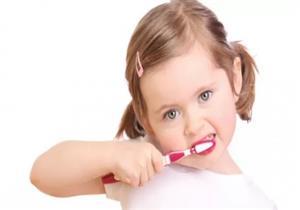 نصائح لحماية أسنان طفلك من التسوس
