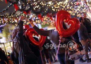 ألبوم صور| احتفالات المصريين بالعام الجديد بمنطقة التجمع الخامس