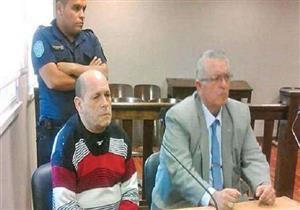 السجن 12 عامًا لأب اغتصب ابنته وانجب منها 8 أولاد في الأرجنتين