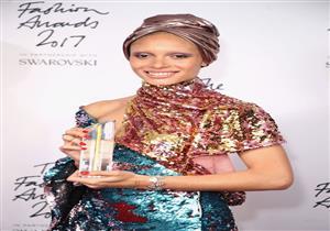 بالصور-تألق النجمات في حفل توزيع جوائز  الموضة بلندن