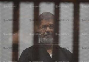 """النيابة تقدم تقريرًا طبيًا عن حالة مرسي: """"رفض أخذ عينة دم منه"""""""