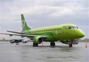 صحيفة: لحظات رعب عاشها ركاب طائرة روسية كانت تحلق بنافذة مفتوحة