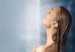 الاستحمام بالماء الفاتر فعال ضد الإكزيما مثل المستحضرات العلاجية