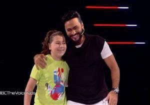 """أردني يُفضّل تامر حسني على """"كاظم"""" و""""نانسي"""" في """"the voice kids"""""""