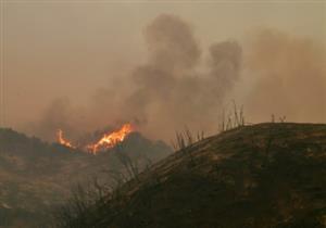 فرق الإطفاء الأمريكية تسيطر على 15% من الحرائق بولاية كاليفورنيا