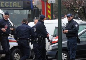 الشرطة الفرنسية تعتقل 3 فتيات كنّ يخططن لهجوم إرهابي