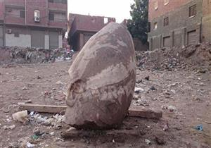"""وزير الآثار: تمثال المطرية ماطلعش """"رمسيس"""""""