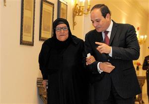 """السيدة سبيلة تكشف موقف أولادها من تبرعها بثروتها لـ """"تحيا مصر"""""""