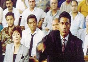 """بالفيديو - في ذكرى رحيل أحمد زكي ...نشطاء يتداولون مشهد """"كلنا فاسدون"""""""
