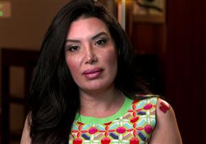 عبير صبري تكشف عن سبب طرد والدتها لها من البيت