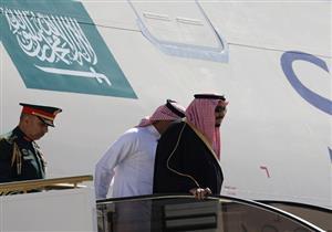 الأردن تستقبل ملك السعودية بطائرات مقاتلة وسيارة مرسيدس قديمة..فيديو