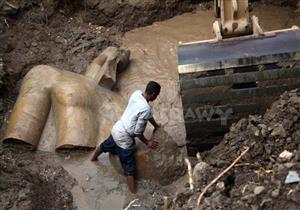 """25 صورة ترصد عملية نقل تمثال المطرية بـ""""كراكة"""""""