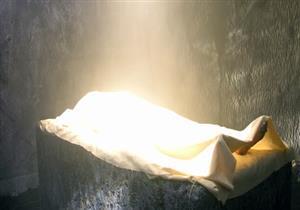 هل تعلم ماذا يحدث اول ليلة في القبر مع الميت الصالح عند سؤال الملكين؟