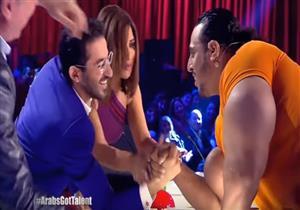 """متسابق """"Arabs got talent"""" يتحدى أحمد حلمي في """"الريست"""""""