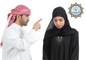زوجها كثير الحلف بـ(عليا الطلاق) فهل هذا اللفظ موجبة للطلاق أم لا؟