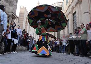 بالصور-في مهرجان الطبول.. المزيكا تتقال بـ30 لغة