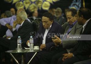 وصول عادل إمام وهند صبري ويسرا وإسعاد يونس عزاء والدة عمرو عرفة