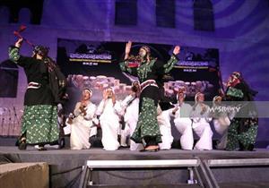 بالصور- 34 عامًا من الفن.. فرقة العريش تُعادي الإرهاب بالرقص