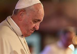 قبل زيارته لمصر.. البابا فرنسيس يلفت النظر لمعاناة لاجئ قتل متشددون زوجته