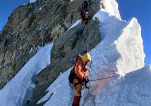 العثور على جثة المتسلق السويسري الشهير أولي ستيك قرب جبل إفرست