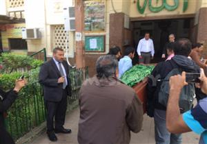وصول قيادات وزارة الثقافة لأداء صلاة الجنازة على سمير فريد