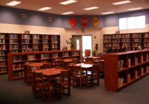 التعليم: دعم مكتبات مدارس 6 مديريات بـ34 ألف كتاب