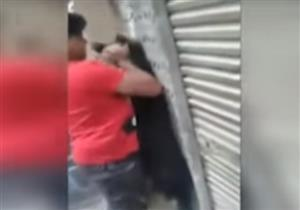 فيديو لشاب يُعذب كلبًا في إمبابة يثير الجدل على مواقع التواصل الاجتماعي
