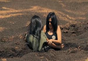 """بالفيديو - خطأ مهني يكشف سر """"سحلية"""" رامز تحت الأرض"""