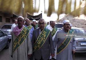 مسيرة لمشايخ الطرق الصوفية بمنطقة الأزهر احتفالاً برؤية هلال شهر رمضان