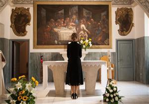 """بالصور- زيارة الفاتيكان تكشف """"ديانة """" السيدة الأولى"""