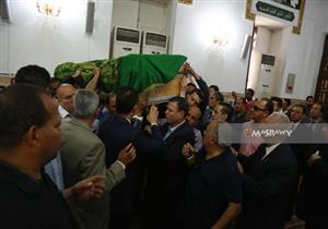 بالصور-تشييع جثمان الإعلامية صفاء حجازي بمسجد السيدة نفيسة