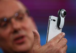 أندي روبين يطلق هاتفه الذكي Essential Phone الأول