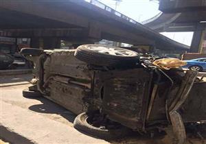 إصابة شخص إثر سقوط سيارة من أعلى كوبري أكتوبر(صور)