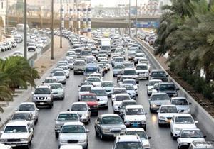 حركة المرور.. تكدسات في شارع الجامعة والهرم وكوبري أكتوبر
