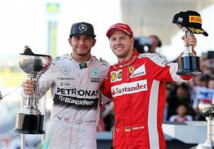 """فيتيل وهاميلتون يواصلان صراع """"النفس الطويل"""" في بطولة العالم لسباقات فورمولا"""