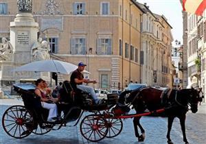 في روما.. السيارات الكهربائية بديلًا لعربات الخيول