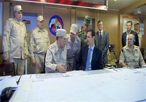 بالفيديو والصور.. بشار الأسد يزور القاعدة الجوية الروسية بحميميم غرب سوريا