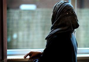 حكم تأخير الغسل بالنسبة للحائض إلى بعد الفجر في رمضان؟