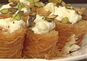 """طرق مبتكرة لإعادة المذاق لـ """"بواقي"""" حلويات رمضان"""