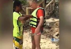 سائحة توثق لحظة مصرع زوجها بتايلاند - فيديو