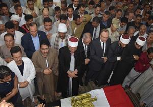 في جنازة عسكرية ببني سويف.. تشييع أحد شهداء حادث البدرشين الإرهابي (صور)