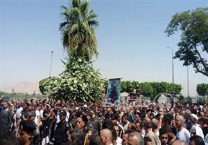 """بالصور.. الآلاف يشيعون جثمان """"شهيد البدرشين"""" في جنازة عسكرية بالأقصر"""