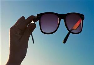 كيف تفرق بين النظارة الشمسية الأصلية والتقليد؟