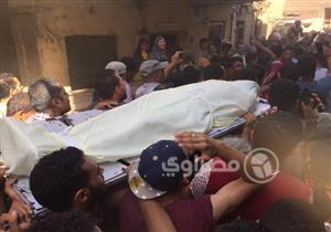 """والدة قتيل اشتباكات الوراق لمصراوي: """"ابني مات قدام عيني"""""""