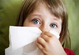 متى يعتبر الأمر خطيرًا في حالة نزيف الأنف لدى طفلك؟ وهكذا توقفينه