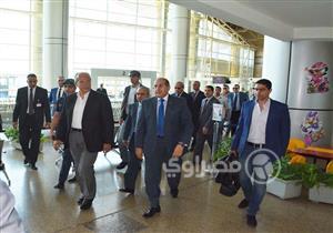 بالصور.. وزير التنمية المحلية يتفقد مطار سوهاج الدولي