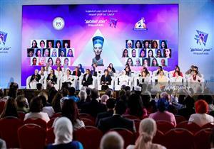 رئيس الوزراء: المرأة المعيلة في مقدمة الفئات الأولى بالرعاية