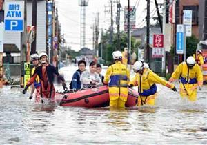 الأمطار والفيضانات تجبر 400 ألف ياباني على النزوح من ديارهم