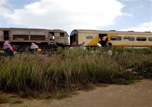 """بالصور.. مصدر بشرطة النقل بكفر الشيخ ينفي احتراق قطار """"شربين"""""""