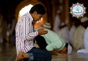 ما حكم الدين في الصلاة عن الميت وهبة ثواب الصلاة إليه؟